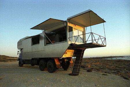 10 Awesome Apocalyptic Vehicles